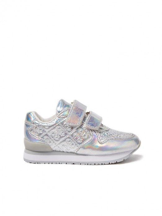 Sneakers Girl  Guess